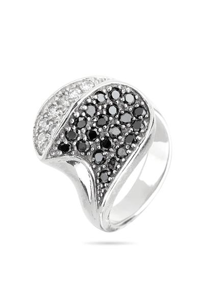 Srebrni prsten s crnim i bijelim cirkonima