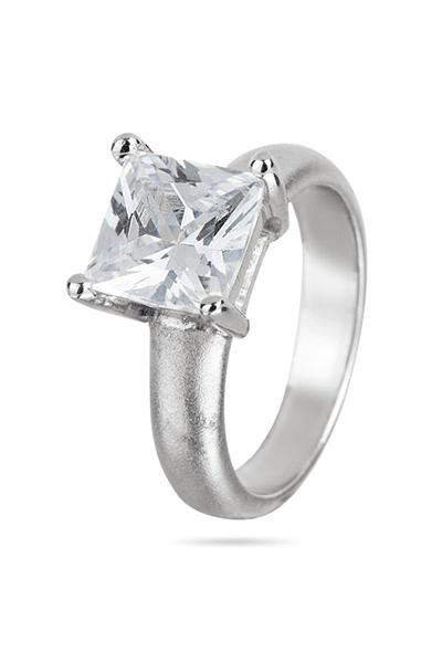 Srebrni prsten sa solitaire cirkonom