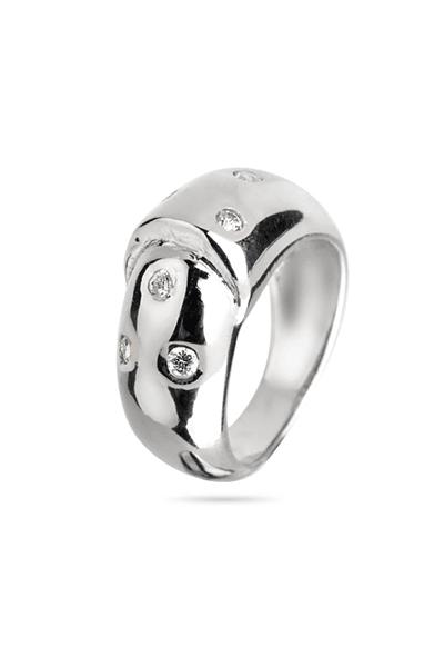 Srebrni prsten s malim bijelim cirkonima