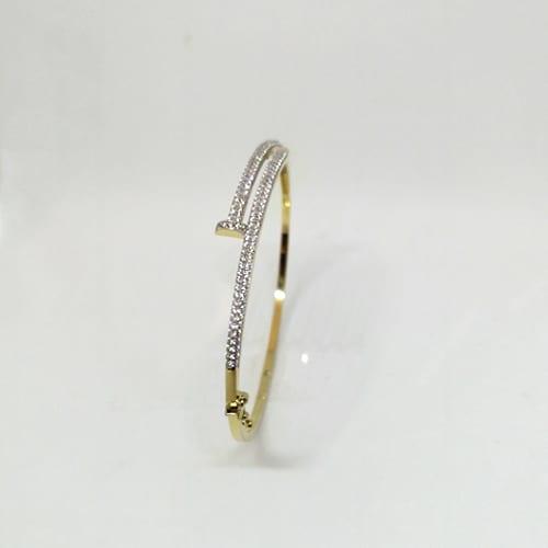 Zlatna narukvica od žutog zlata s bijelim cirkonima